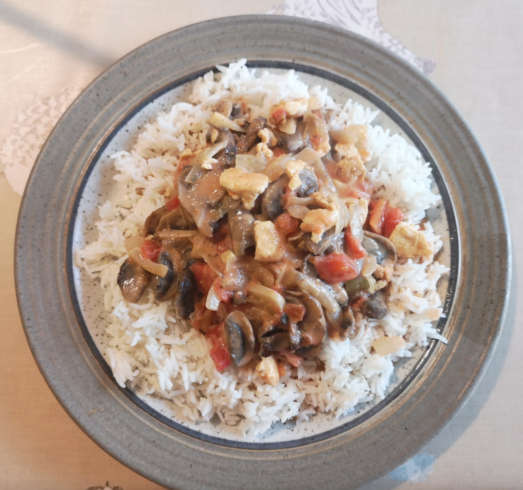 Mushroom and Tofu Mild Curry with rice