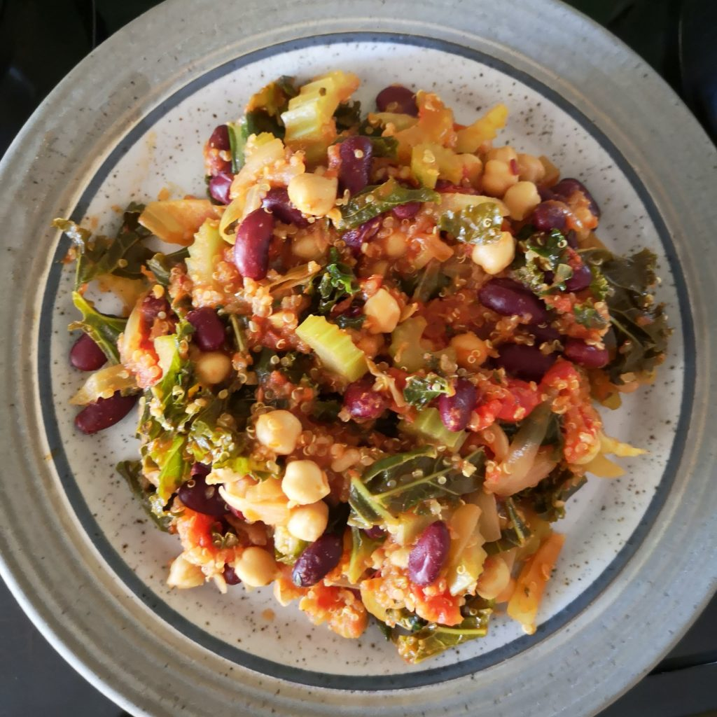 Kale and Quinoa Healthy One-Pot Meal